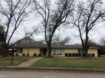 1328 CAROLINA ST, Graham, TX 76450 - Photo 1