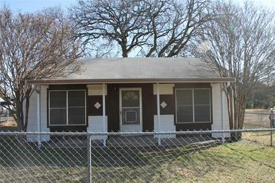 2318 MINNIE ST, Haltom City, TX 76117 - Photo 2