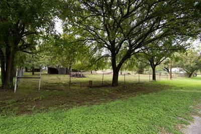 501 4TH ST, Blanket, TX 76432 - Photo 2