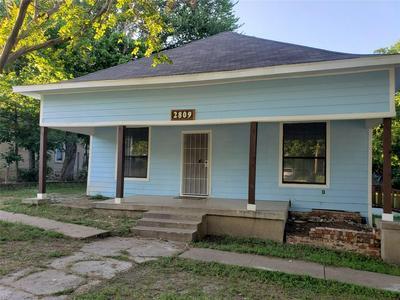 2809 E VICKERY BLVD, Fort Worth, TX 76105 - Photo 2