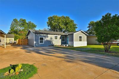 409 FANNIN ST, Abilene, TX 79603 - Photo 2