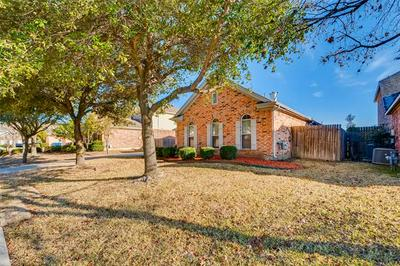2210 MITCHELL LN, Rowlett, TX 75088 - Photo 2