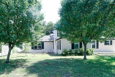 814 CALAVERAS ST, Graham, TX 76450 - Photo 1