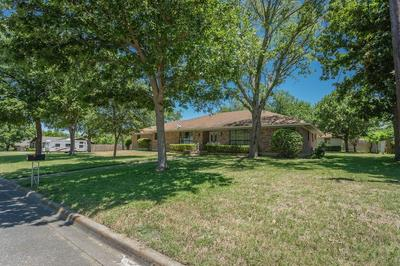 1212 MARY ST, Clifton, TX 76634 - Photo 1