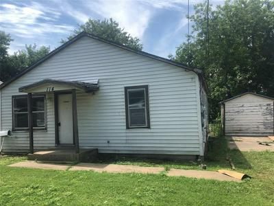 114 E 6TH ST, Weatherford, TX 76086 - Photo 1