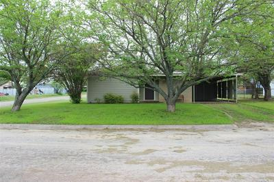 616 E 8TH ST, Coleman, TX 76834 - Photo 1