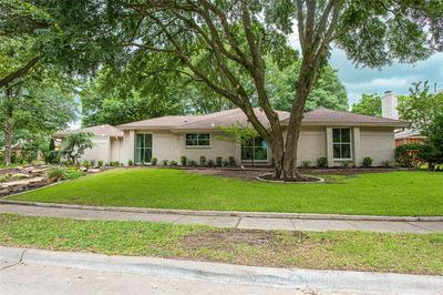 2805 W PRAIRIE CREEK DR, Richardson, TX 75080 - Photo 2