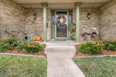 303 GLENDALE AVE, Seagoville, TX 75159 - Photo 2