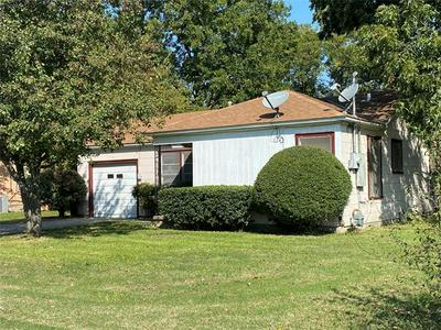 601 LYNCH ST, Gainesville, TX 76240 - Photo 1