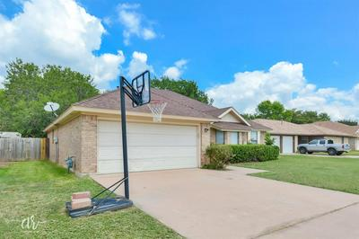 3534 HONEYSUCKLE CT, Abilene, TX 79606 - Photo 2