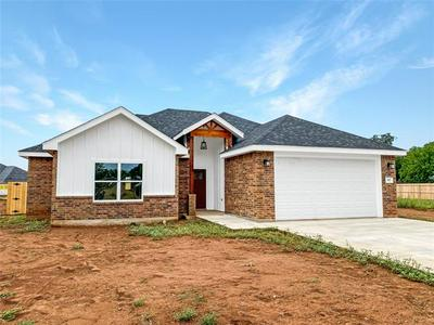 917 8TH ST, Tuscola, TX 79562 - Photo 2