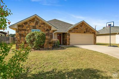 2205 8TH ST, Brownwood, TX 76801 - Photo 2