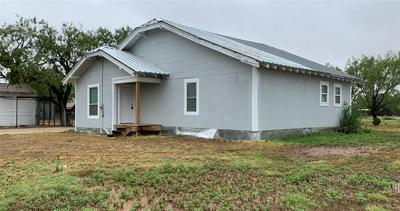 532 AVENUE J, Anson, TX 79501 - Photo 2