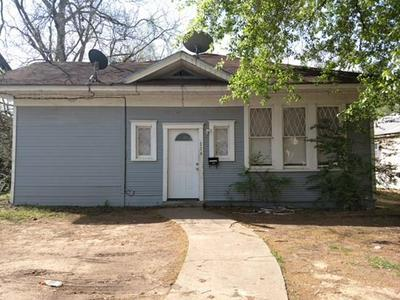726 E WASHINGTON ST, PARIS, TX 75460 - Photo 1