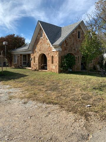 2601 DURHAM AVE, Brownwood, TX 76801 - Photo 1