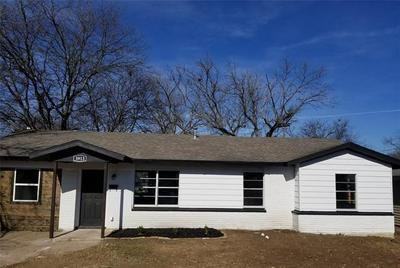 3913 DANA DR, Haltom City, TX 76117 - Photo 1