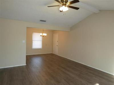 3658 SCRANTON LN, Abilene, TX 79602 - Photo 2