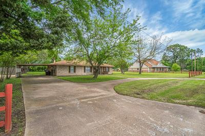 716 CROOKED CREEK RD, EDGEWOOD, TX 75117 - Photo 2