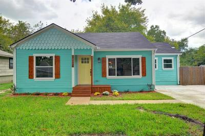 307 BRYAN ST, Weatherford, TX 76086 - Photo 2
