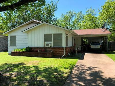 1516 N HIGHLAND AVE, Sherman, TX 75092 - Photo 1