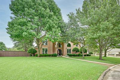 1527 LLOYDS HALL CT, Mansfield, TX 76063 - Photo 2