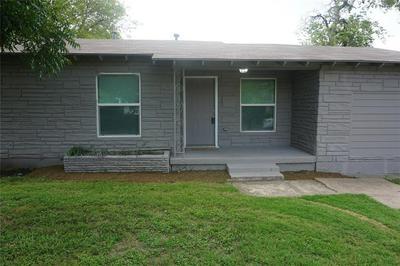 4000 FITZHUGH AVE, Fort Worth, TX 76105 - Photo 1