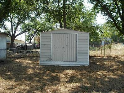 608 4TH ST, Blanket, TX 76432 - Photo 2