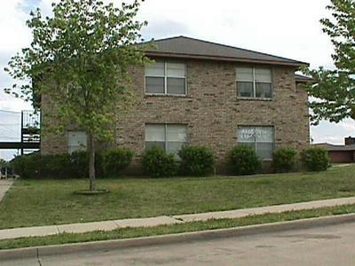 5510 BROOKVIEW CT APT D, Sachse, TX 75048 - Photo 1