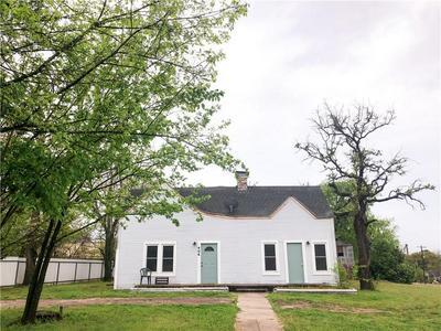 406 E MAIN ST, HAMILTON, TX 76531 - Photo 1