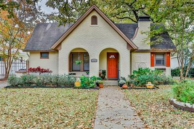 2316 MARIGOLD AVE, Fort Worth, TX 76111 - Photo 1