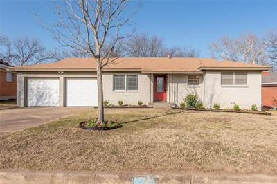4701 NADINE DR, Haltom City, TX 76117 - Photo 1