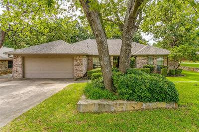 6800 RIDGEWOOD DR, North Richland Hills, TX 76182 - Photo 2