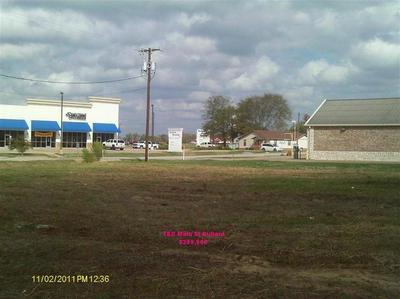 526 E MAIN ST, Bullard, TX 75757 - Photo 1