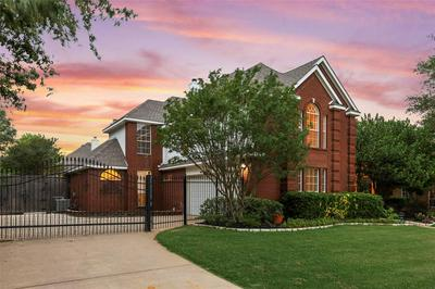 6704 CARRIAGE LN, Colleyville, TX 76034 - Photo 2
