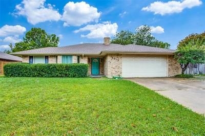 4813 APPLEWOOD RD, Fort Worth, TX 76133 - Photo 1