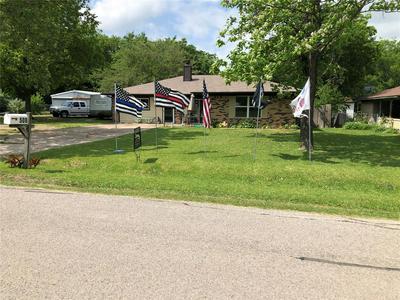 508 E 1ST ST, Quinlan, TX 75474 - Photo 1