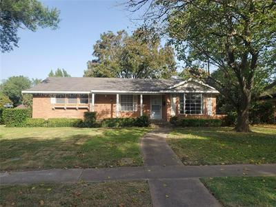 639 E CENTER ST, Duncanville, TX 75116 - Photo 1