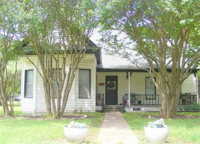 606 N CYPRESS AVE, Hubbard, TX 76648 - Photo 1