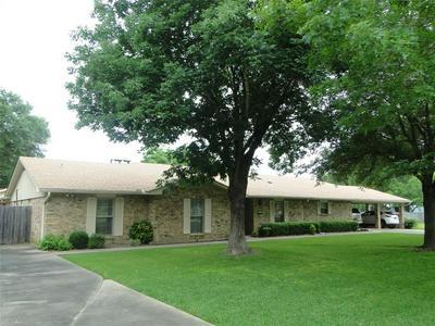 102 JULIET ST, Teague, TX 75860 - Photo 2