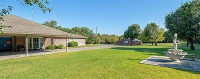 1072 WAGONSELLER RD, Bowie, TX 76230 - Photo 2