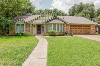 6912 MEADOW PARK S, North Richland Hills, TX 76180 - Photo 1