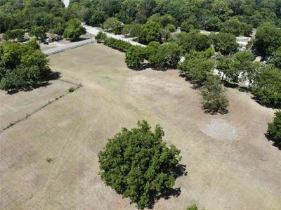 1300 TROUT RD, HUTCHINS, TX 75141 - Photo 2