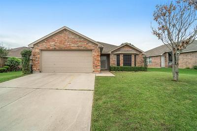 2808 WAKECREST DR, Fort Worth, TX 76108 - Photo 1
