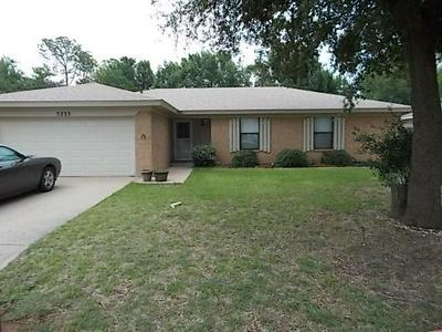 5233 DEERWOOD LN, Abilene, TX 79606 - Photo 1