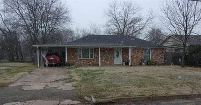 1045 DAVIS ST N, Sulphur Springs, TX 75482 - Photo 2