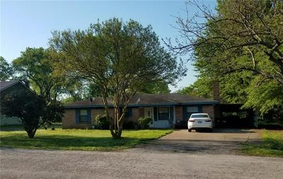 205 W DEWEY ST, MALAKOFF, TX 75148 - Photo 2