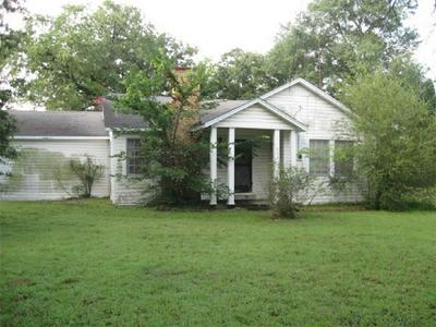 603 W PINE ST, Edgewood, TX 75117 - Photo 2