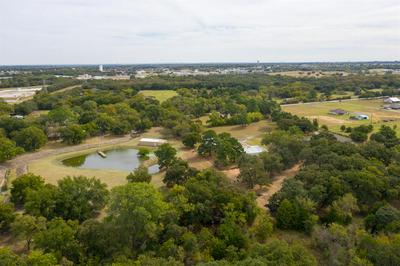 408 S NEW HOPE RD, KENNEDALE, TX 76060 - Photo 1