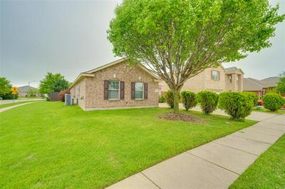 2035 MATAGORDA LN, Grand Prairie, TX 75052 - Photo 2
