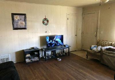 108 W TROUPE ST, Mabank, TX 75147 - Photo 2